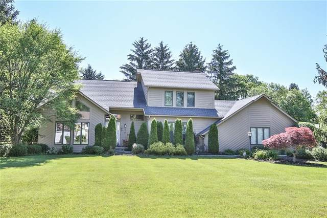 72 Caversham Woods, Pittsford, NY 14534 (MLS #R1344180) :: Lore Real Estate Services