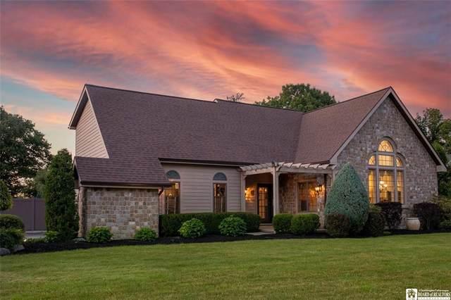 4 Claudia Court, Pomfret, NY 14063 (MLS #R1345001) :: BridgeView Real Estate Services