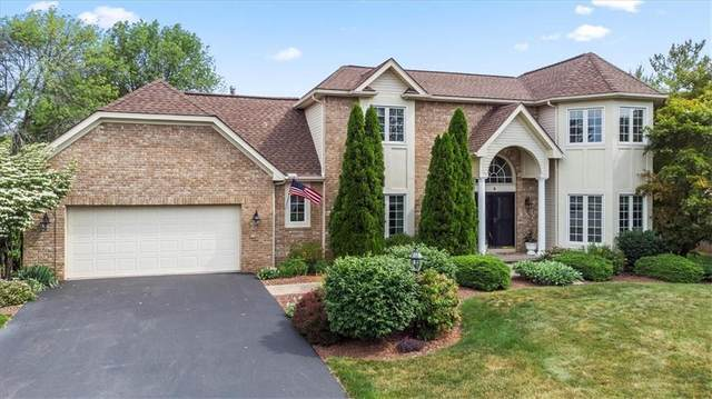 4 Red Rose Circle, Penfield, NY 14526 (MLS #R1345360) :: Robert PiazzaPalotto Sold Team