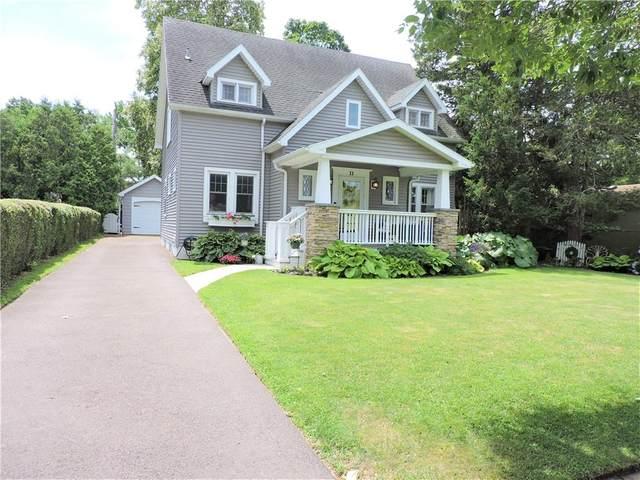 11 Seymour Road, Irondequoit, NY 14609 (MLS #R1346250) :: TLC Real Estate LLC