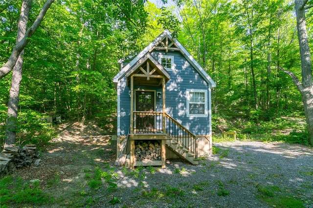 262 E Lake Road, Middlesex, NY 14544 (MLS #R1348274) :: Robert PiazzaPalotto Sold Team