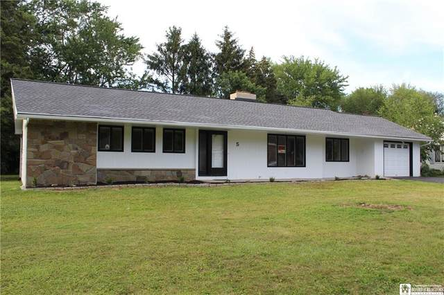5 Birchwood Drive, Pomfret, NY 14063 (MLS #R1350999) :: Thousand Islands Realty