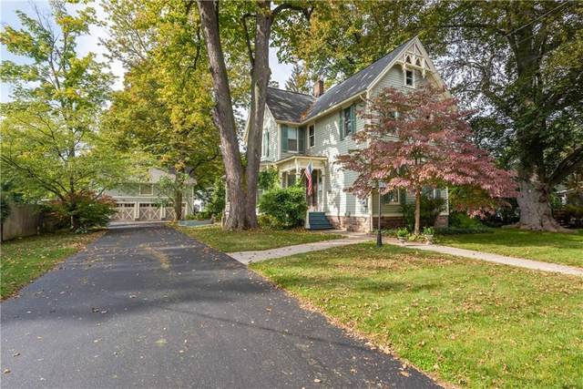 30 West Street, Perinton, NY 14450 (MLS #R1352732) :: Lore Real Estate Services