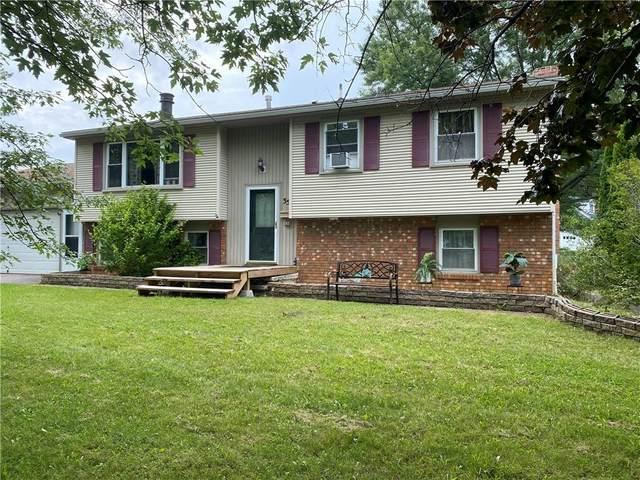 35 Green Acre Lane, Gates, NY 14624 (MLS #R1355280) :: TLC Real Estate LLC