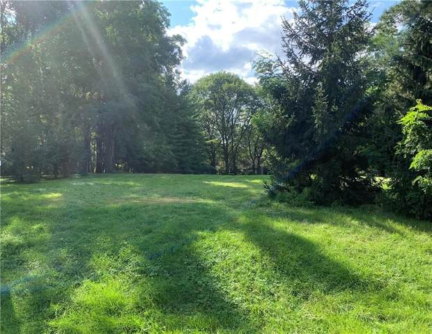 2719 Clover, Pittsford, NY 14534 (MLS #R1365950) :: Lore Real Estate Services