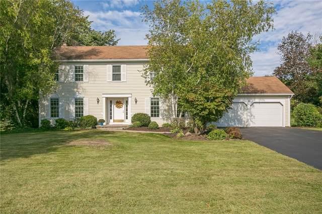 155 Caversham Woods, Pittsford, NY 14534 (MLS #R1368174) :: BridgeView Real Estate
