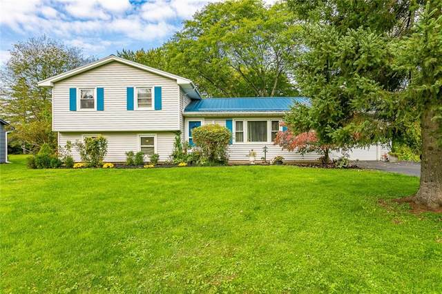 3703 Clover Street, Pittsford, NY 14467 (MLS #R1371375) :: Lore Real Estate Services