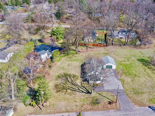 19 High Street, Pittsford, NY 14534 (MLS #R1372030) :: Lore Real Estate Services