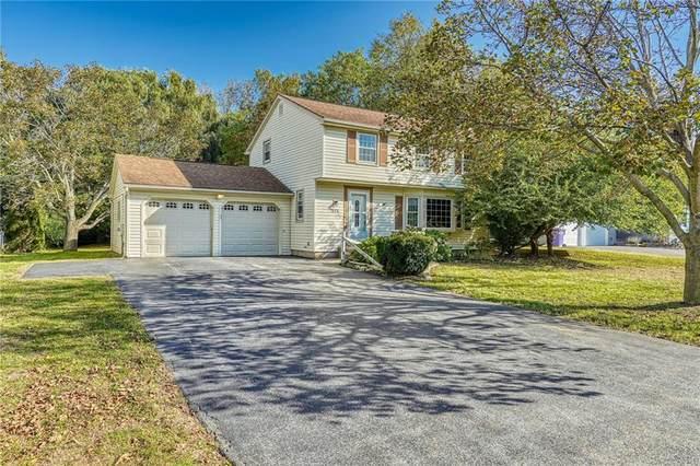 878 Joylene Drive, Webster, NY 14580 (MLS #R1373986) :: BridgeView Real Estate