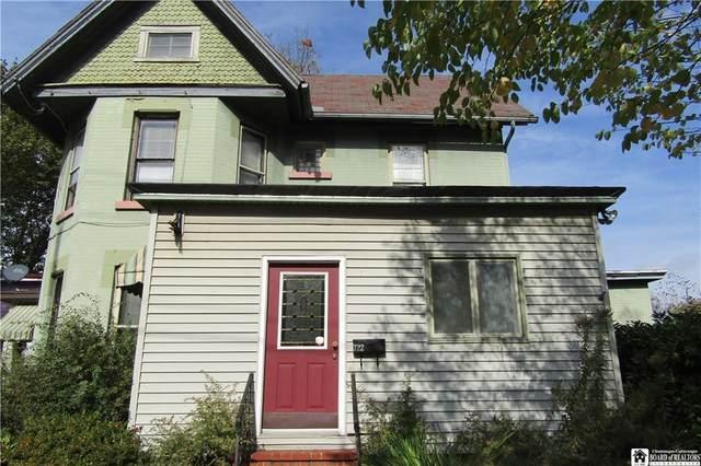 722 W 5th Street, Jamestown, NY 14701 (MLS #R1374119) :: Thousand Islands Realty