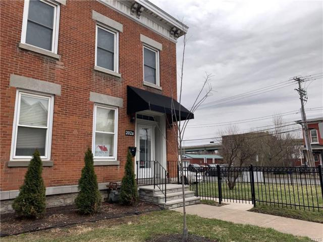 202 N Townsend Street, Syracuse, NY 13203 (MLS #S1195576) :: Thousand Islands Realty