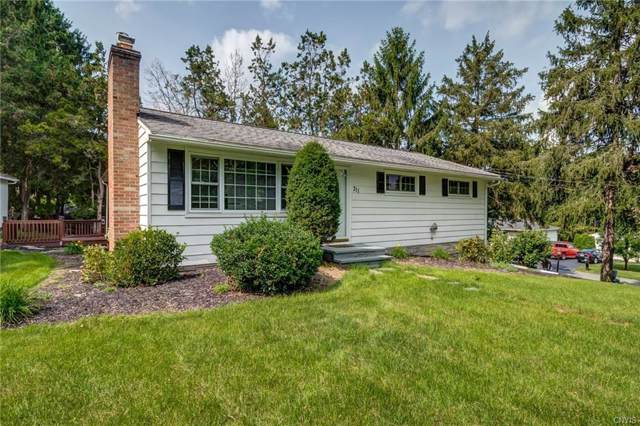 311 Mansfield Drive, Camillus, NY 13031 (MLS #S1224740) :: The Chip Hodgkins Team