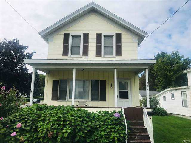 242 E 10th Street, Oswego-City, NY 13126 (MLS #S1231363) :: Thousand Islands Realty