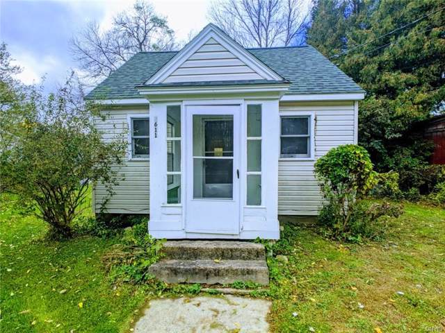 3611 Bonstead Road, Clay, NY 13041 (MLS #S1233528) :: Thousand Islands Realty