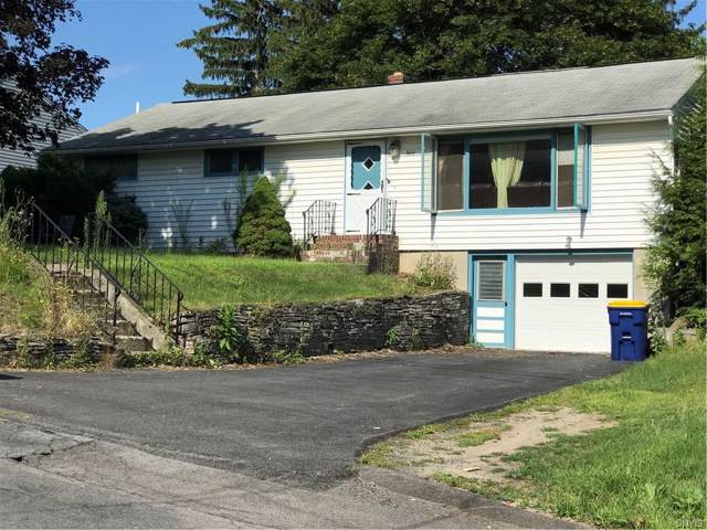 305 Mansfield Drive, Camillus, NY 13031 (MLS #S1236134) :: The Chip Hodgkins Team