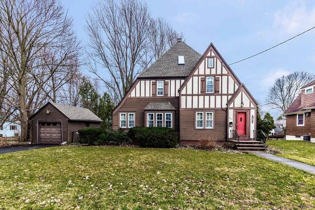 101 Cornwall Drive, Dewitt, NY 13214 (MLS #S1258119) :: BridgeView Real Estate Services