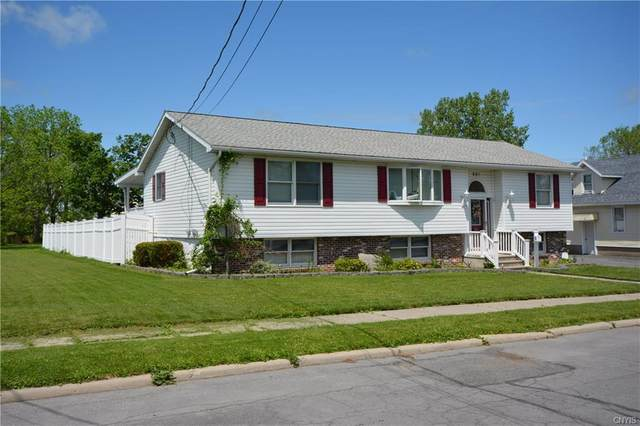 821 Davidson Street, Watertown-City, NY 13601 (MLS #S1267699) :: BridgeView Real Estate Services
