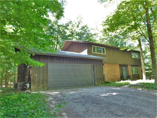4742 Limberlost Lane, Manlius, NY 13104 (MLS #S1281885) :: MyTown Realty