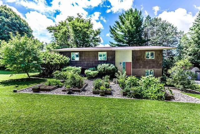 1710 North Lake Road, Cazenovia, NY 13035 (MLS #S1282306) :: 716 Realty Group