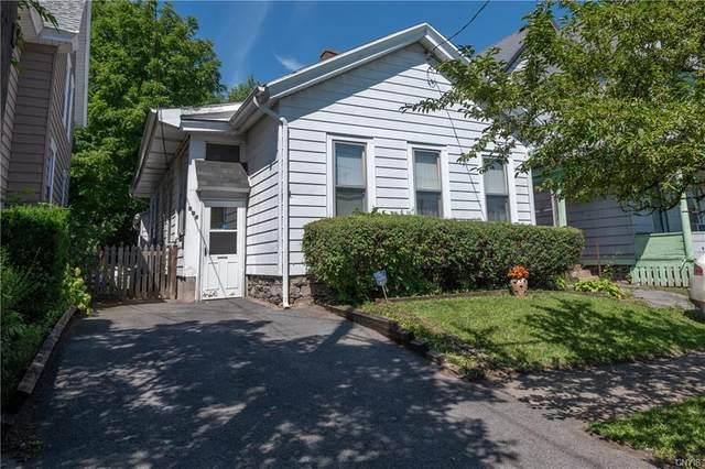 807 Highland Street, Syracuse, NY 13203 (MLS #S1283385) :: MyTown Realty