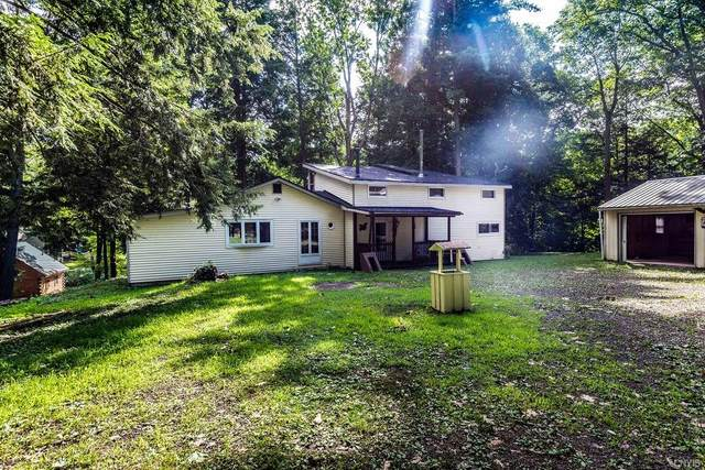 21 Barton Road, Schroeppel, NY 13132 (MLS #S1283827) :: Thousand Islands Realty