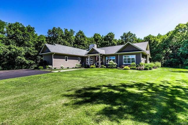 5240 Townsend Road, Manlius, NY 13104 (MLS #S1284844) :: Lore Real Estate Services