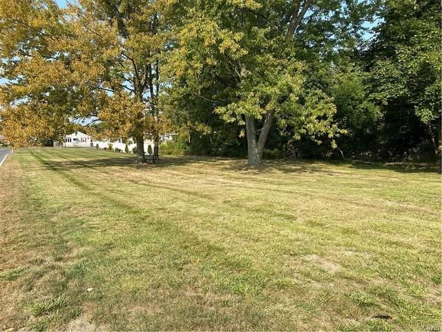 000 Greentree Drive, Dewitt, NY 13057 (MLS #S1296772) :: MyTown Realty