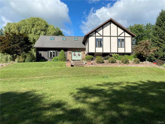 5731 Sandbank Road, Elbridge, NY 13080 (MLS #S1297403) :: Thousand Islands Realty