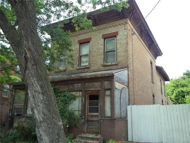 205 Ash Street, Syracuse, NY 13208 (MLS #S1312193) :: Mary St.George | Keller Williams Gateway