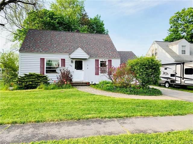208 Brooklea Drive, Syracuse, NY 13207 (MLS #S1337041) :: Thousand Islands Realty