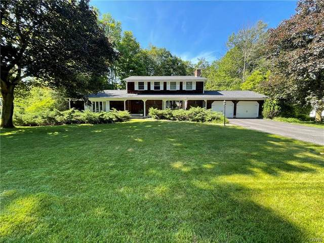 118 Wooded Heights Drive, Camillus, NY 13031 (MLS #S1345908) :: TLC Real Estate LLC