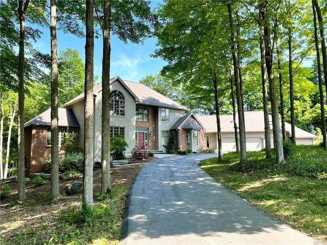 8420 Hobnail Road, Manlius, NY 13104 (MLS #S1348288) :: TLC Real Estate LLC