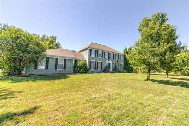 8232 Turnstone Drive, Manlius, NY 13104 (MLS #S1354938) :: TLC Real Estate LLC