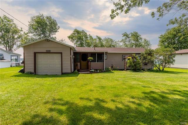 29201 Wilson Pt Circle, Cape Vincent, NY 13618 (MLS #S1354965) :: Robert PiazzaPalotto Sold Team