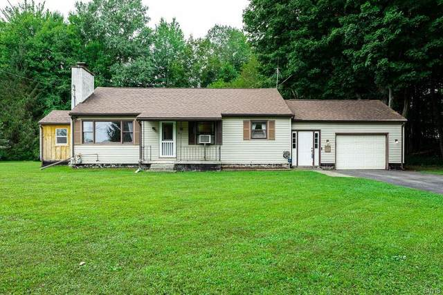 2213 County Route 8, Minetto, NY 13126 (MLS #S1363167) :: BridgeView Real Estate