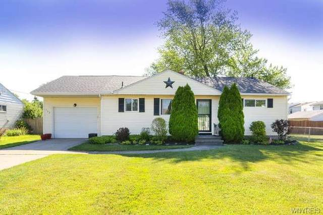 142 Imperial Drive, Amherst, NY 14226 (MLS #B1345421) :: 716 Realty Group