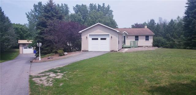 17057 Ridge Rd, Murray, NY 14470 (MLS #R1183382) :: MyTown Realty