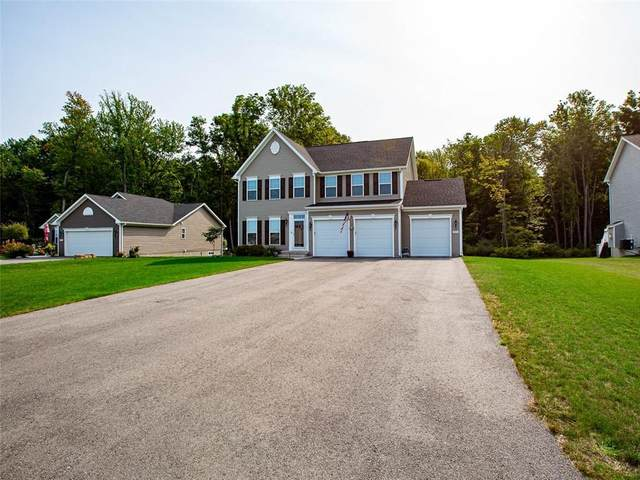 890 Bannerwood Drive, Webster, NY 14519 (MLS #R1295147) :: Robert PiazzaPalotto Sold Team