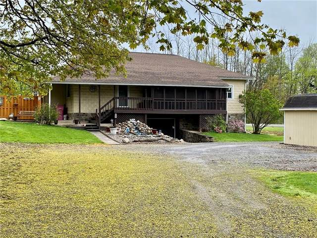 9264 Old State Route 31, Galen, NY 14489 (MLS #R1327354) :: Robert PiazzaPalotto Sold Team