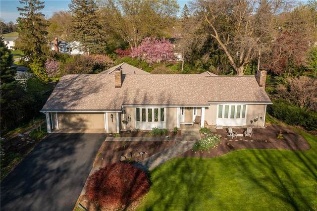 4 Brookwood Road, Pittsford, NY 14534 (MLS #R1333672) :: Lore Real Estate Services