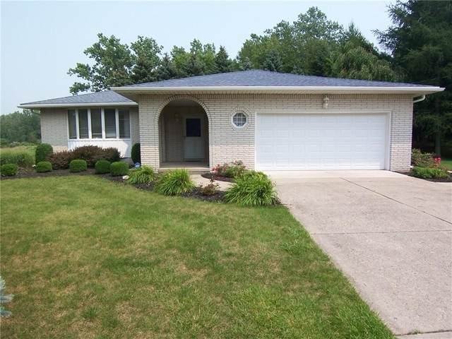 8489 Stringham Drive, Batavia-Town, NY 14020 (MLS #R1348479) :: BridgeView Real Estate Services