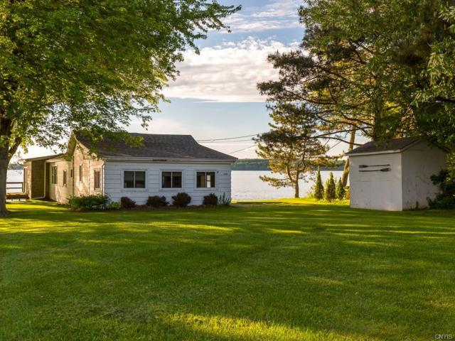 33705 Grovemore Road, Cape Vincent, NY 13618 (MLS #S1202316) :: Updegraff Group