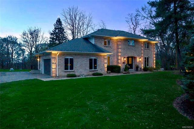 2 Gothic Ledge, Lockport-Town, NY 14094 (MLS #B1327802) :: BridgeView Real Estate Services