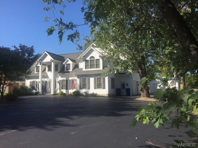 860 Union Road, West Seneca, NY 14224 (MLS #B1063898) :: HusVar Properties