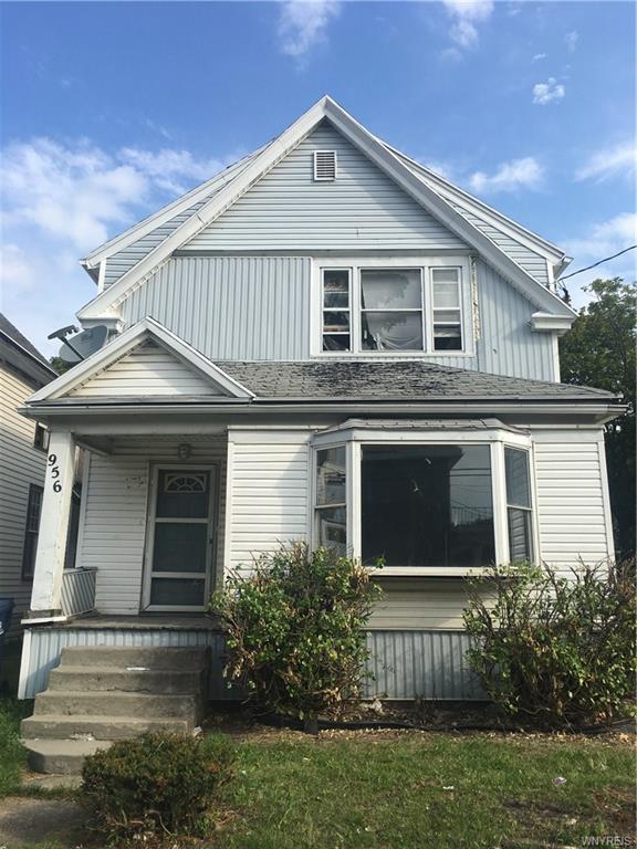 956 Northampton Street, Buffalo, NY 14211 (MLS #B1075786) :: HusVar Properties
