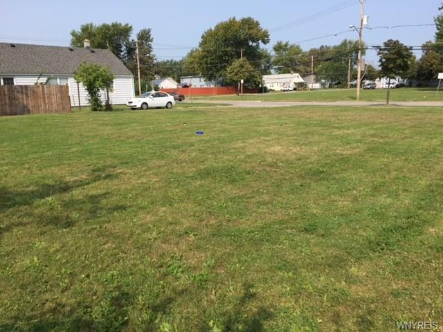 11-15 Browning Avenue, Tonawanda-Town, NY 14150 (MLS #B1077670) :: HusVar Properties