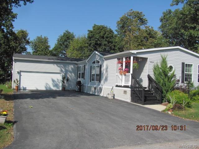 4630 Leytonstone Avenue, Clarence, NY 14031 (MLS #B1077819) :: HusVar Properties