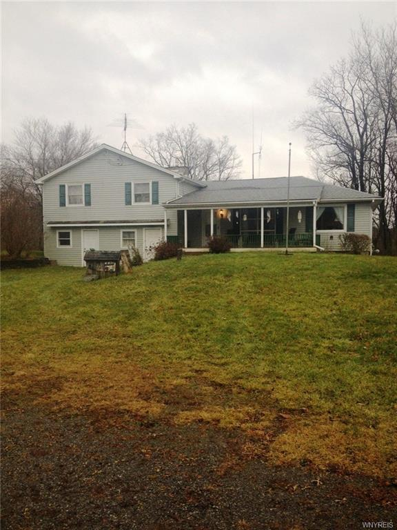 9814 S Protection Road, Holland, NY 14080 (MLS #B1090266) :: The Rich McCarron Team