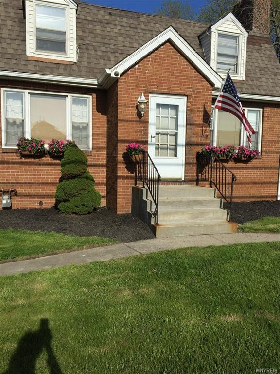4160 S Park Avenue, Hamburg, NY 14219 (MLS #B1118837) :: BridgeView Real Estate Services