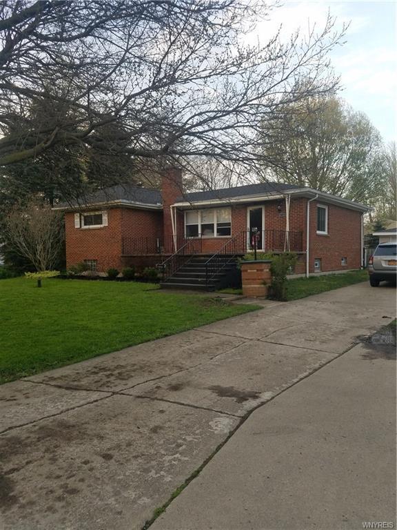 6721 Wayne Drive, Evans, NY 14047 (MLS #B1118845) :: BridgeView Real Estate Services